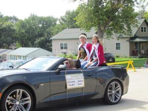 Homecoming Royalty--King Nathaniel Gordon and Queen Arianna Ashley