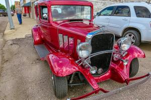 Roy Linn's 1932 Chevy front view