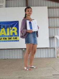 Samantha Williams recived a blue ribbon in Clothing Selection